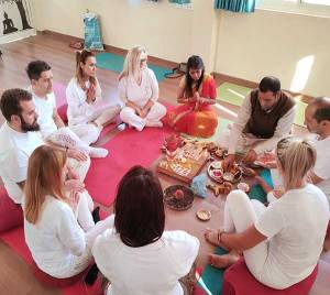 300-hours-meditation-ttc